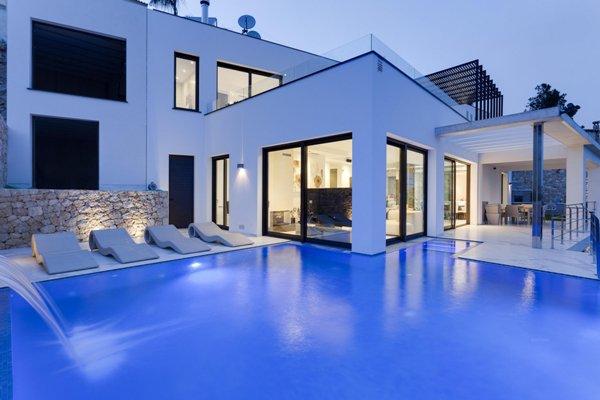 Blue square estate agents in moraira moraira online 24 for Blue square moraira